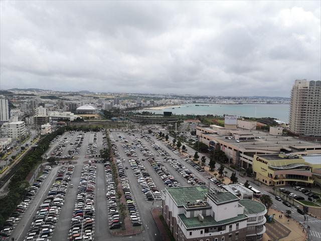 駐車場の景色