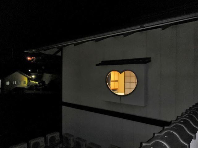 千光寺山荘の窓