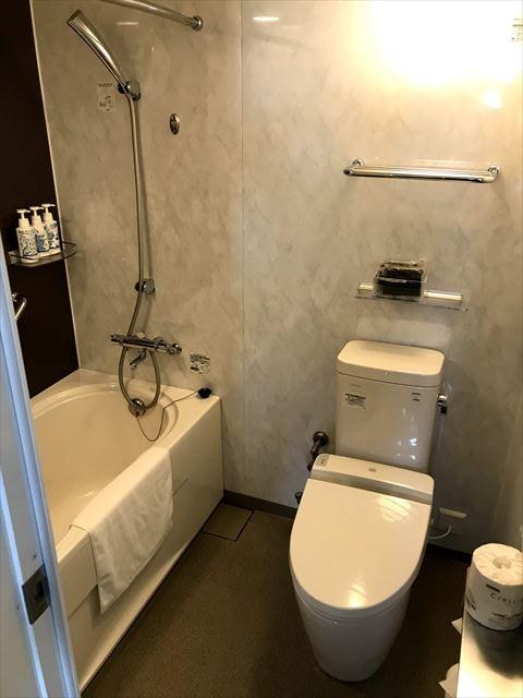 トイレと風呂