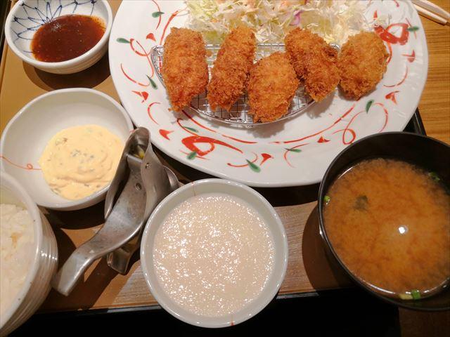 【沖縄カキフライ】やよい軒のカキフライ定食
