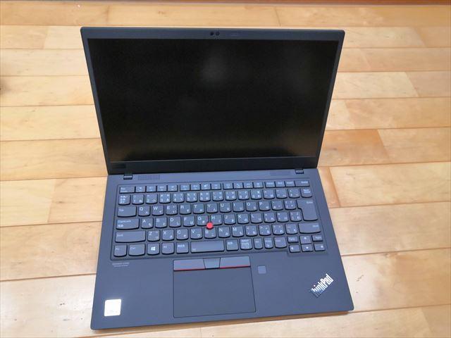 【Lenovo】Thinkpad X1Carbon Gen8thがやってきた